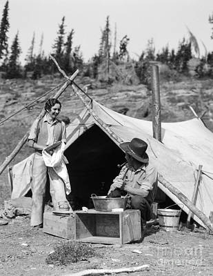 Working Cowboy Photograph - Couple Roughing It, C.1930s by H. Armstrong Roberts/ClassicStock