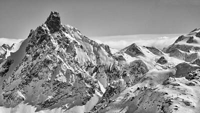 Ski-scape Photograph - Courchevel Pan by Graham Moore