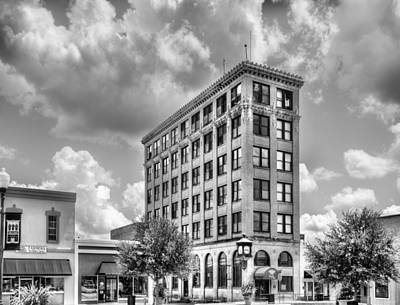 Black Commerce Photograph - Court Square In Black And White by JC Findley