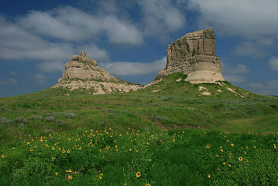 Photograph - Courthouse And Jail Rocks Near Bridgeport Nebraska by Garry McMichael