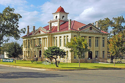 Lyndon Photograph - Courthouse In Johnson City by Robert Anschutz