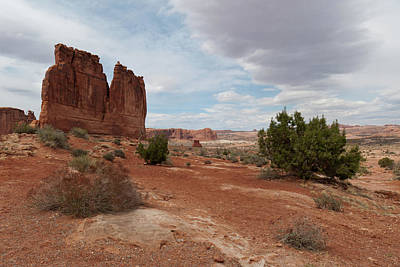 Photograph - Courthouse Towers Landscape by Cascade Colors