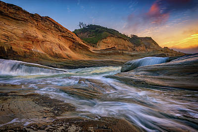 Oregon State Photograph - Cove At Cape Kiwanda, Oregon by Rick Berk