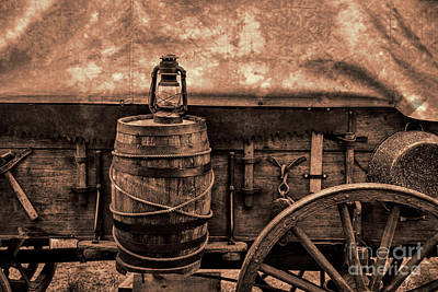 Photograph - Covered Wagon by David Arment