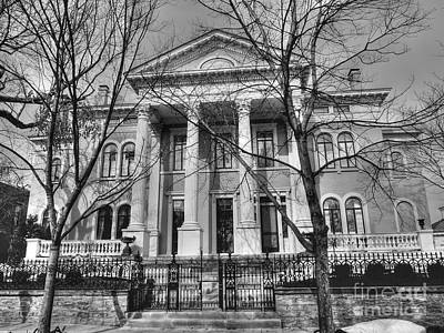 Photograph - Covington Kentucky Home by David Bearden