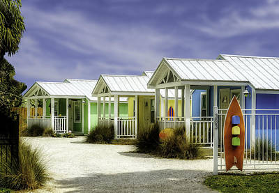 Photograph - Cozy Cottages Waiting For You   -   Skbchcot320 by Frank J Benz