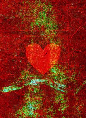 Lady Bug - Cracked Heart by Steve Ball