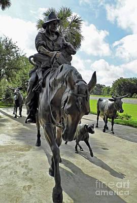 Photograph - Cracker Cowboy Cattle Drive by D Hackett