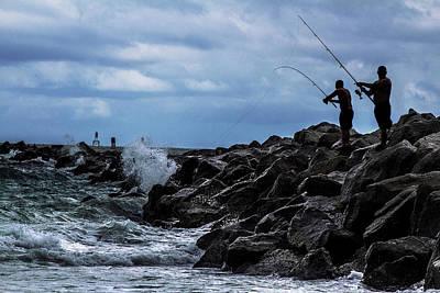 Photograph - Crashing Catch by David Johnson