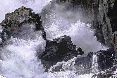 Photograph - Crashing Wave At Quoddy by Marty Saccone