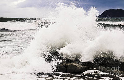 Crashing Waves At Cloudy Bay Art Print