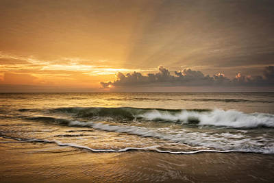 Crashing Waves At Sunrise Art Print by Greg Mimbs