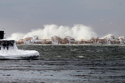 Photograph - Crashing Waves by Fran Riley