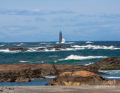 Crashing Waves On Minot Lighthouse  Art Print