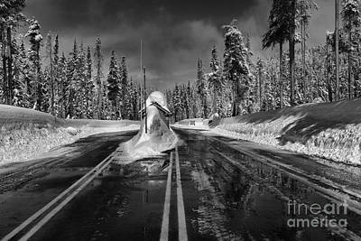 Photograph - Crater Lake Winter Entrance Gate - Back And White by Adam Jewell
