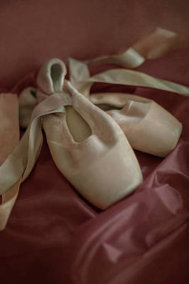 Photograph - Creamy Ballet Shoes by Jaroslaw Blaminsky