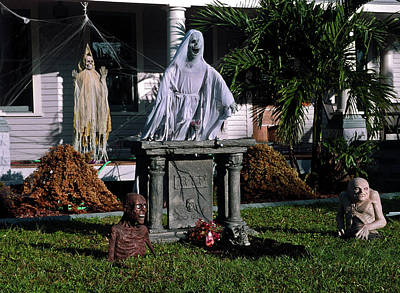 Photograph - Creepy Halloween by Sally Weigand