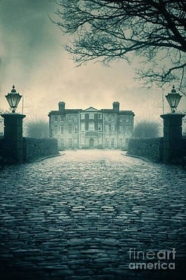 Photograph - Creepy Mansion by Lee Avison