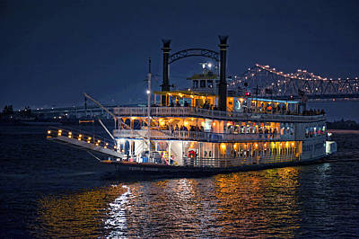 Night Scenes Photograph - Creole Queen Riverboat by Bonnie Barry