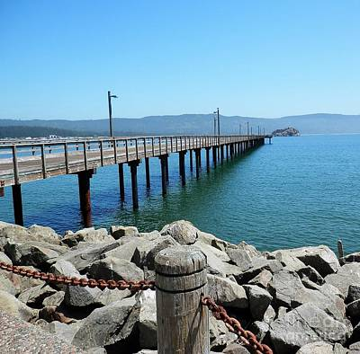 Photograph - Crescent City Pier by L Cecka