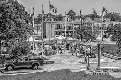 Photograph - Crescent Farmers Market - Kenner La Bw by Kathleen K Parker