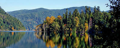 Photograph - Crescent Lake Fall Colors by Rick Lawler