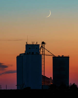 Photograph - Crescent Moon At Laird 01 by Rob Graham