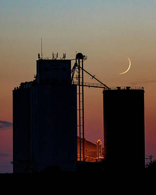 Photograph - Crescent Moon At Laird 02 by Rob Graham