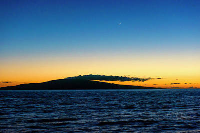Photograph - Crescent Moon Sunset by Jim Thompson