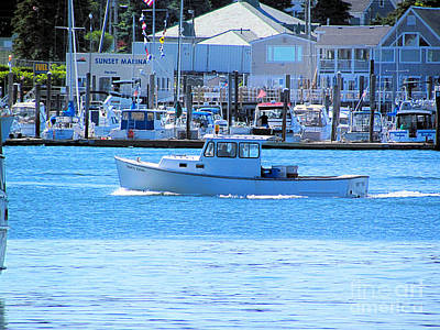 Fore River Photograph - Crisp Clear Morning by Elizabeth Dow