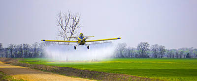 Photograph - Precision Flying - Crop Dusting 1 Of 2 by Charlie Brock