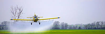 Photograph - Too Close For Comfort - Crop Dusting 2 Of 2 by Charlie Brock
