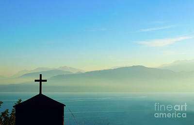 Photograph - Cross In Front Of Misty Mountains Of Greece by Susan Vineyard