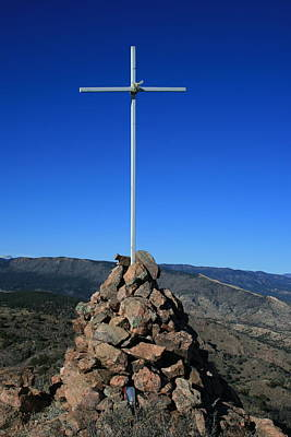 Photograph - Cross On Fremont Peak by Tony Baca