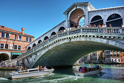 Photograph - Crossing Under The Rialto Bridge by Fine Art Photography Prints By Eduardo Accorinti
