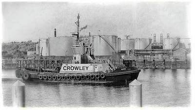 Photograph - Crowley Tug, Port Of Tacoma by Matthew Ahola