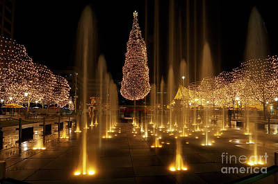 Photograph - Crown Center Christmas 2 by Dennis Hedberg