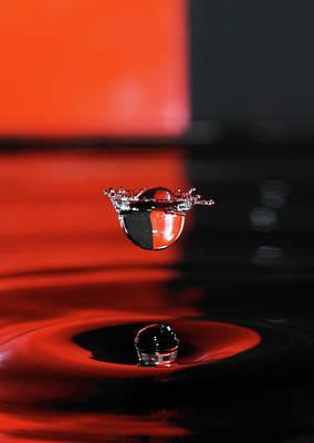 Jonny Jelinek Royalty-Free and Rights-Managed Images - Crowned Water Droplet by Jonny Jelinek