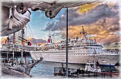 Print featuring the photograph Cruise Port - Light by Hanny Heim