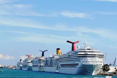 Firefighter Patents Royalty Free Images - Cruise Ship Lineup Royalty-Free Image by Daniel Diaz