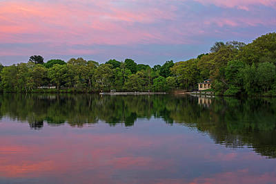 Photograph - Crystal Lake Sunset Newton Ma Bath House by Toby McGuire