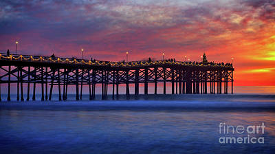 Crystal Pier In Pacific Beach Decorated With Christmas Lights Art Print