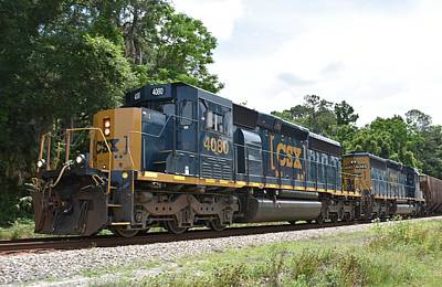 Photograph - Csx 4080 Train Engine by rd Erickson