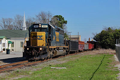 Photograph - Csx Local With Big Power by Joseph C Hinson Photography