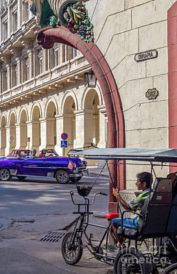 Photograph - Cuba 0044 by Bernardo Galmarini