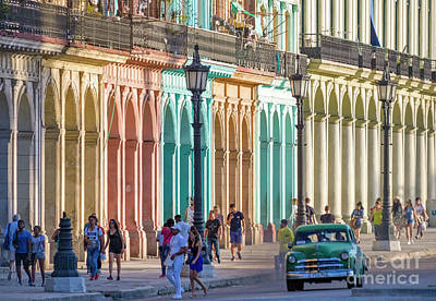 Photograph - Cuba 0047 by Bernardo Galmarini