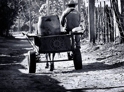 Photograph - Cuba 1  by Mim White