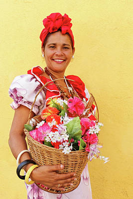Photograph - Cuban Flower Vendor by Dawn Currie