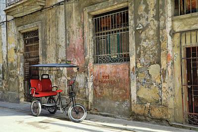 Photograph - Cuban Uber by Mary Buck