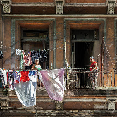 Photograph - Cuban Women Hanging Laundry In Havana Cuba by Charles Harden
